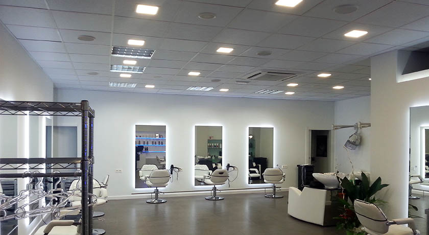 Iluminacion led salon cool leds with iluminacion led - Iluminacion salon moderno ...